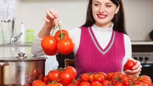 What to Do When Your Garden Produces Too Many Tomatoes