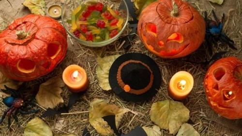 How to Make Elegant Halloween Home Décor