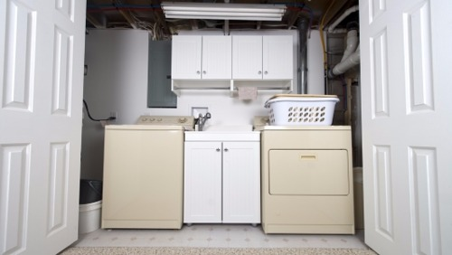 Maximizing Laundry Closet Storage Quickly and Easily