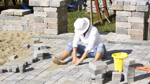 A DIY Guide to Laying Your Own Paver Patio