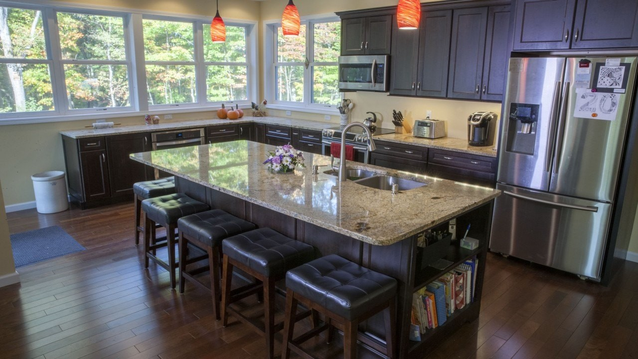 How to Decide Between Slate, Granite, and Marble Countertops